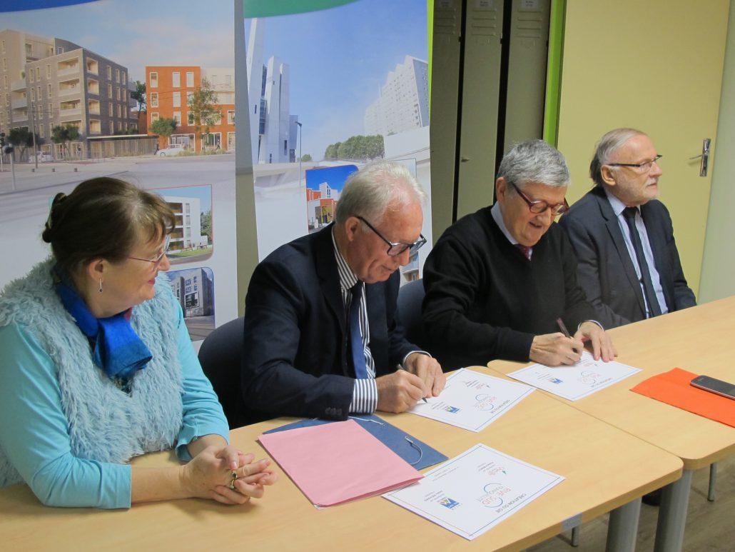 Signature contrat partenaire